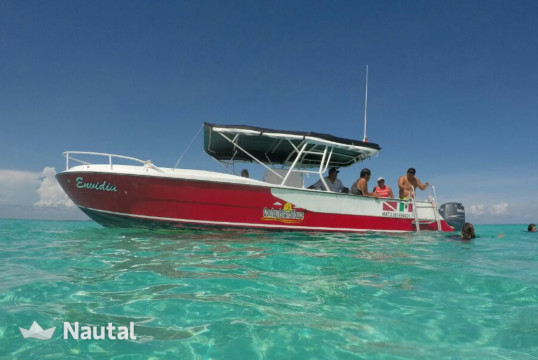 Motorboat rent Custom made - in Isla Mujeres, Cancun