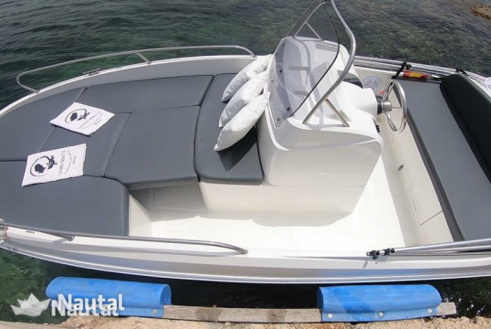 License free boat rent Baltic Yachts Remus 450 in Palamós, Girona
