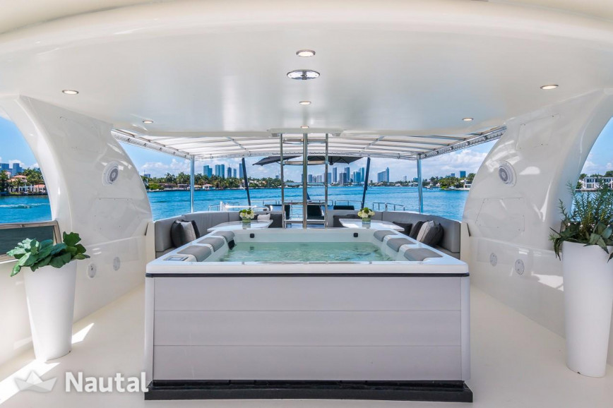 Huur jacht Horizon 115' Horizon in Miami Beach, Zuid-Florida