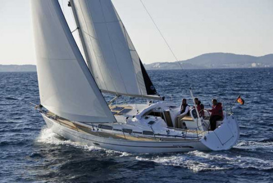 Sailing boat rent Bavaria  38 Cruiser (3Cab) in Lemmer, Friesland