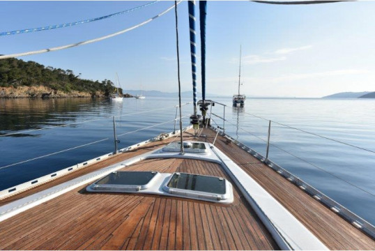 Sailing boat rent Feeling  546 in Saint-Tropez, Var