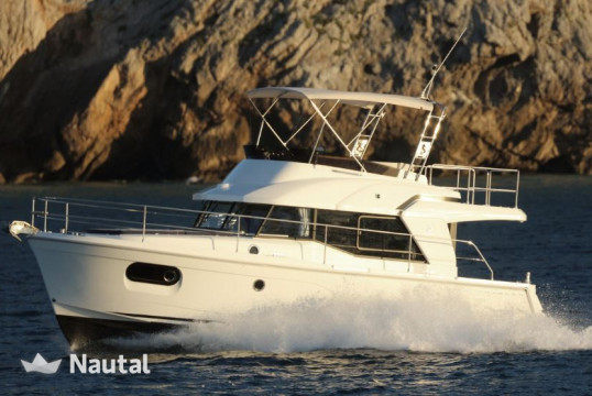 Huur motorboot SWIFT  SWIFT TRAWLER 35 in Hyères, Var