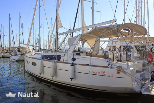 Sailing boat rent Beneteau Oceanis 35.1 in Port Olímpic, Barcelona