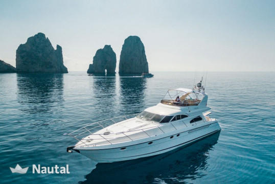 Motorboat rent Fairline Squadron 60 in Porto di Sorrento, Campania