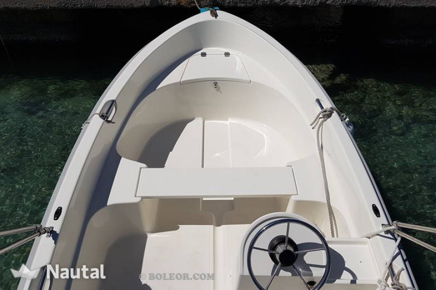 License free boat rent Quicksilver B410 Tethys (without licence) in Can Pastilla, Mallorca