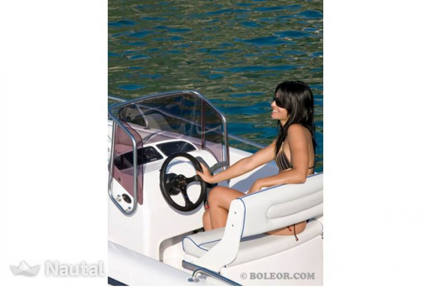 License free boat rent Ranieri B510 NONNA (without licence) in Can Pastilla, Mallorca