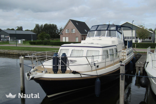 Motorboat rent Holiday Holiday 12.60 in Heeg, Friesland