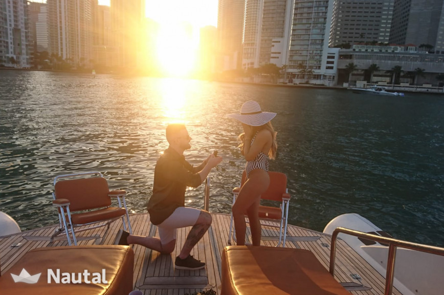 Motorboat rent Opera Sport Yacht in Downtown Miami, South Florida