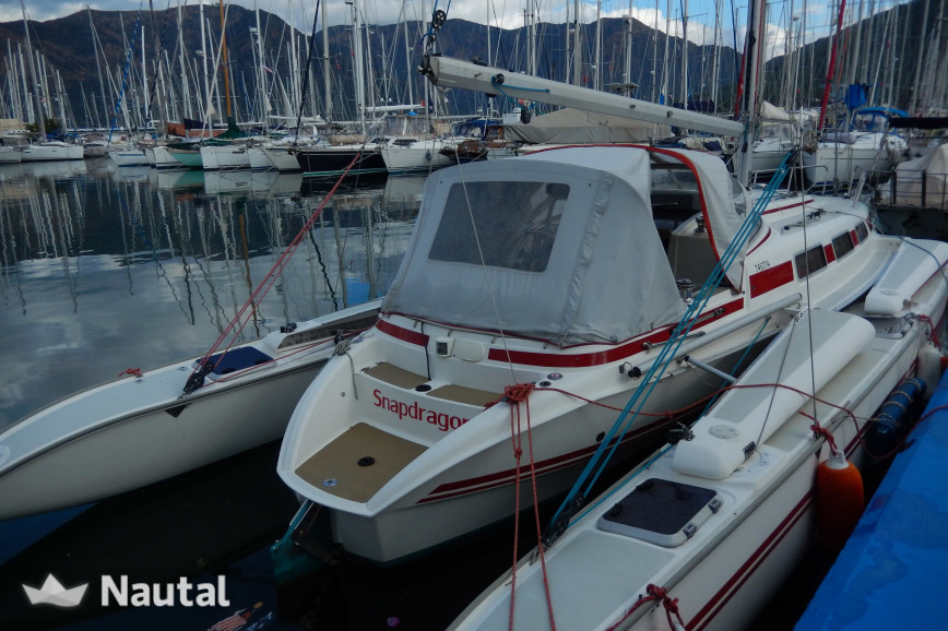 Alquilar trimarán Quorning Yachts DF 1000 en Roses, Girona