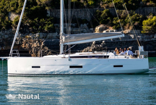 Sailing boat rent Dufour Yacht Dufour 430 GL with A/C in Annapolis, Maryland
