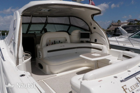 Motorboat rent Sea Ray 44 in Aquatours Marina, Cancun