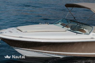Discover the coast of Liguria in a Chris Craft motorboat