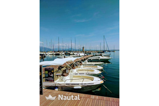 License free boat rent Custom 18 in Desenzano, Lake of Garda