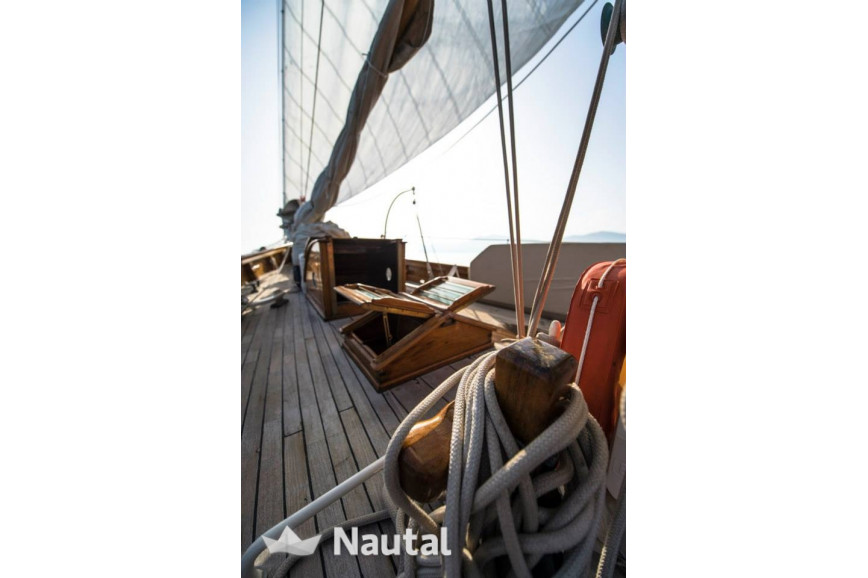 Huur zeilboot Luke Brothers classic yawl in Port de Cannes, Alpes Maritimes - Cannes