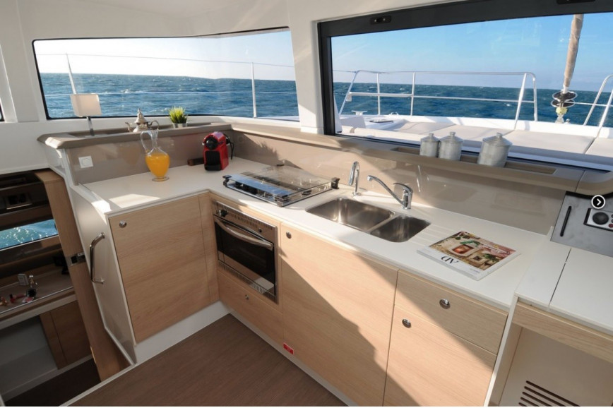 Catamaran rent Bali  4.1 O.V. with watermaker & AC - PLUS in Annapolis, Maryland