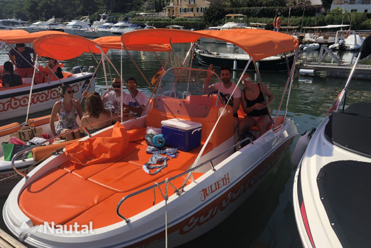License free boat rent 0 450 Open in Fornells, Menorca