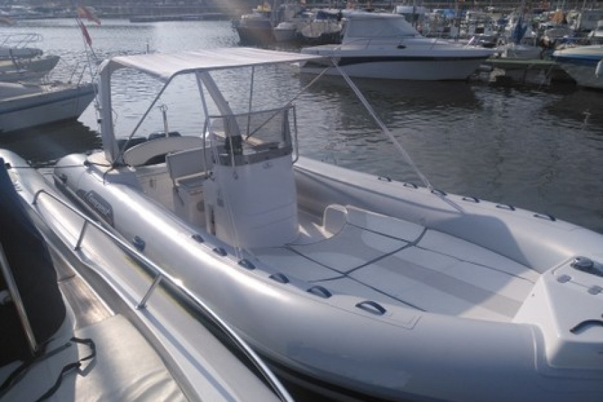 Rib rent Capelli TEMPEST 750 TOP in Can Pastilla, Mallorca