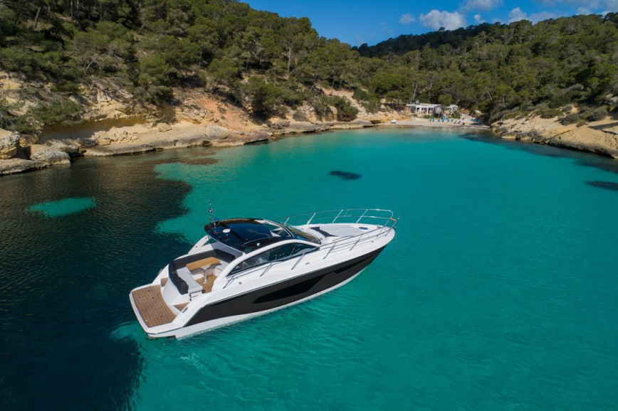 Motorboat rent Sessa Marine Sessa C38 in S'Arenal, Mallorca