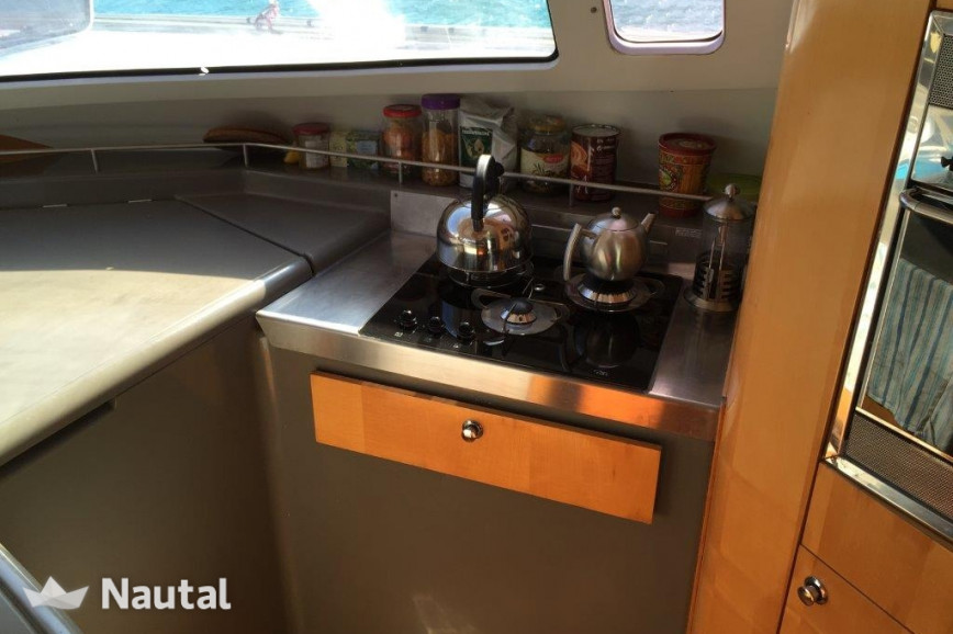 Louer catamaran Fountaine Pajot Bahia 46, Port de Sainte-Rose, Guadeloupe