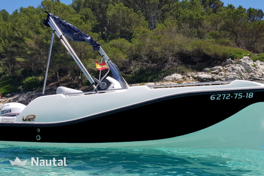 License free boat rent V2  V2 500 15HP in Club Nàutic Ca'n Picafort, Mallorca