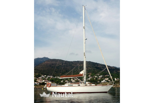 Sailing boat rent Cheoy Lee 41 CL in El Masnou, Barcelona