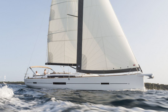 Sailing boat rent Dufour Yachts  520 Grand Large in Termini Imerese, Sicily