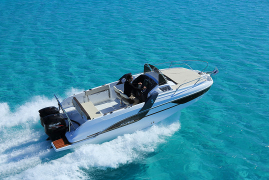 Motorboat rent Beneteau Beneteau Flyer 7.7 Sun Deck - 1 cab. in Port Trogir, Split, Hvar