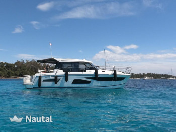 Perfect French Riviera Cruising Yacht - Powerful 600 HP boat with enough  space for 8 people!