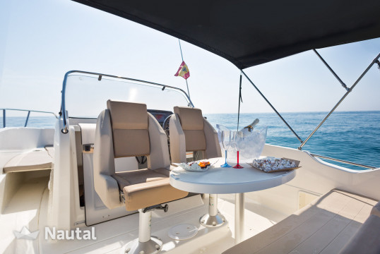 Motorboat rent Quicksilver QUICKSILVER ACTIV 675 OPEN  150cv in Badalona, Barcelona