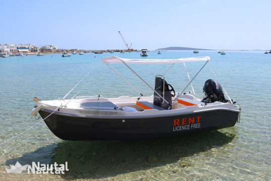 License free boat rent Assos 450 in Aliki, Paros