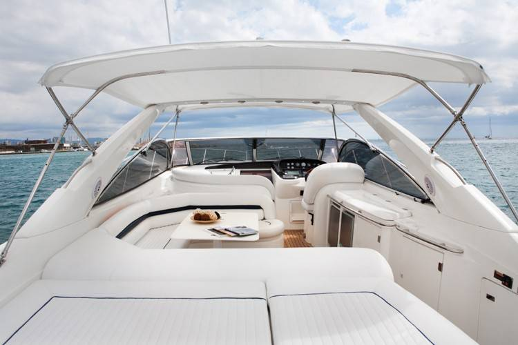 interior of yacht, yacht interior, yacht rental in Barcelona, rent a yacht in Barcelona